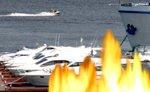 В московском яхт-клубе горят три здания, тушить пожар будет вертолет