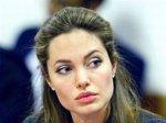 Второй сын Джоли будет носить двойную фамилию
