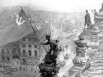 Госдума вернула серп и молот на Знамя Победы