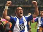 Фавориты Кубка УЕФА потерпели поражения в первых матчах полуфинала