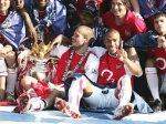 Футболисты «Арсенала» покорили Елизавету II