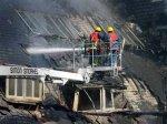 Манчестерская пятиэтажка выгорела под контролем пожарных