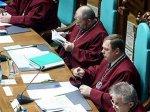 Уволенные Ющенко судьи обратились с жалобой в прокуратуру