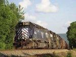 В США сошел с рельсов поезд с запчастями для шаттлов
