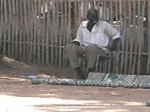 В Судане овдовел женатый на козе мужчина