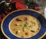 Суп из мидий с грибами