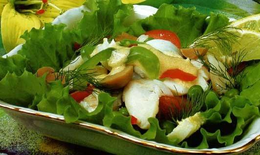 Салат из маринованных грибов - кулинарный рецепт на Вкусно.