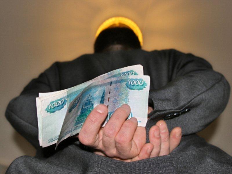 Житель Курьинского района предстанет перед судом по обвинению в покушении на дачу взятки сотрудникам ГИБДД